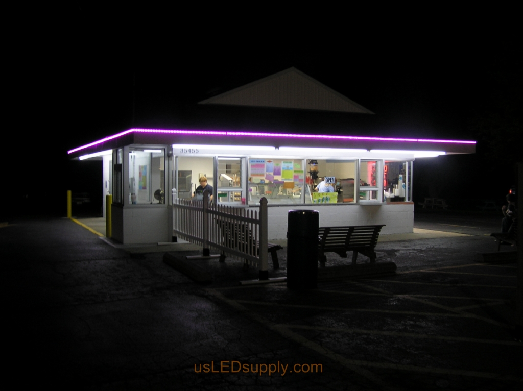 Ice Cream Shop uses RGB LED Strips to outline their roof in place of neon lights.