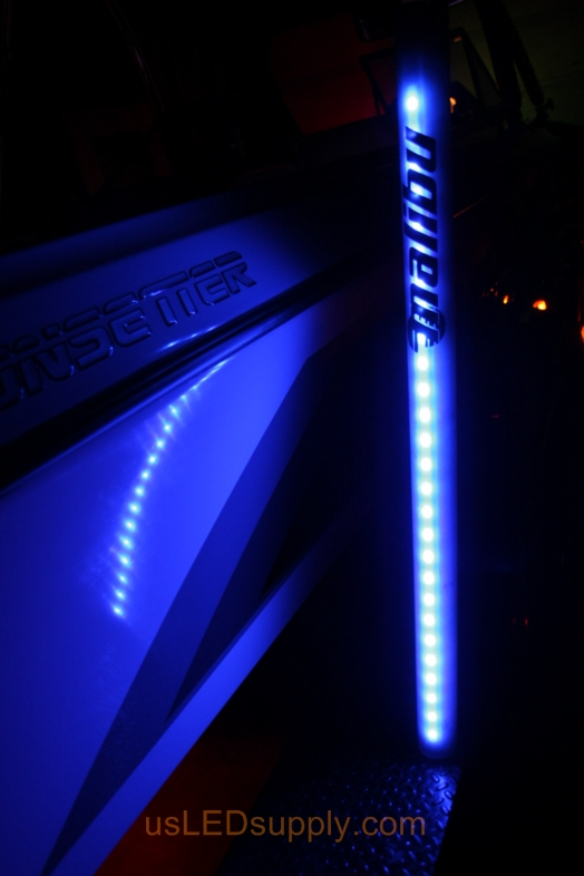 Pylon on boat trailer lights up blue with RGB LED Strip.