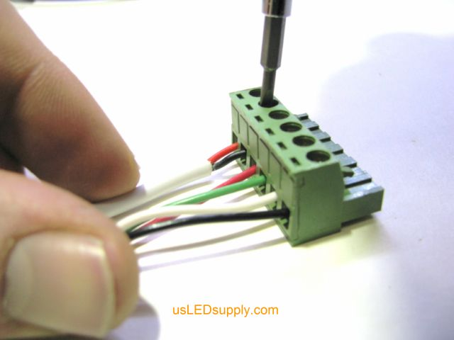 connecting rgb led lights to a terminal block rh usledsupply com wiring using terminal blocks wiring a light terminal block